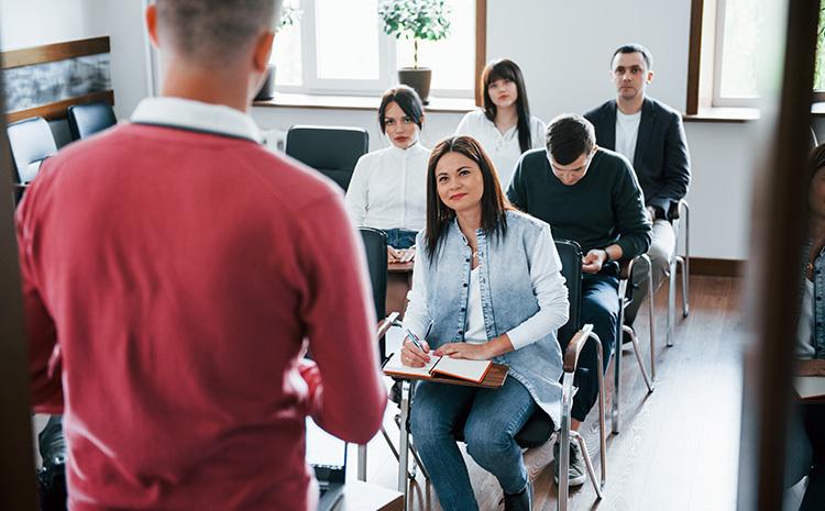 Brecha educacional en la creación de empleos